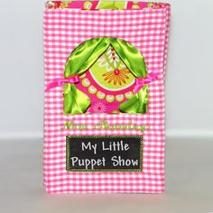 Cute way to take the show on the road! Finger Puppet Theatre by ImogenesTeaGarden on Etsy, $15.00