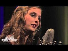 ▶ Maaike Ouboter - Dat ik je mis - Intro, volledig nummer en jury - YouTube Niet te beluisteren zonder tranen!