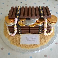 Arggghhh a pirate treasure chest cake made out of kit kats me hearties!