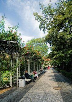 Franciscan Garden - Prague - Reviews of Franciscan Garden - near center of town?