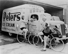 Peter's Ice Cream truck parked with man serving ice-cream to a man and woman both on bicycles. Van has lettering on side reading: Peters Ice Cream, The Health Food of a Nation! Peter's American Delicacy Co. (Victoria) Ltd. History Of Ice Cream, Old Fashioned Ice Cream, Nostalgic Pictures, Ice Cream Man, Vintage Ice Cream, Old Photos, Vintage Photos, Vintage Stuff, Vintage Photographs