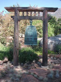 Organic gardening for healty food Zen Garden Design, Japanese Garden Design, Japanese Gate, Bell Gardens, Temple Bells, Meditation Garden, Garden Nursery, Japanese Architecture, Garden Structures