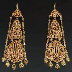 Boucles d'oreilles or filigrane Cornucopia par adinantiquejewellery, $14950.00