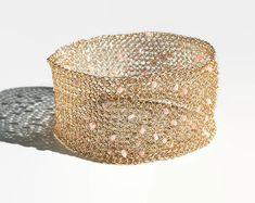 Crochet Bracelet, Gold Bangle Bracelet, Gold Bangles, Crochet Jewellery, Tatting Jewelry, Mesh Bracelet, Simple Bracelets, Handmade Bracelets, Beaded Bracelets