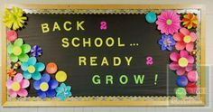 A back to school bulletin board has never been so colorful and easy to put toget. - Decoration Fireplace Garden art ideas Home accessories School Welcome Bulletin Boards, Garden Bulletin Boards, Flower Bulletin Boards, September Bulletin Boards, Easy Bulletin Boards, Display Boards For School, Elementary Bulletin Boards, Kindergarten Bulletin Boards, Bulletin Board Design