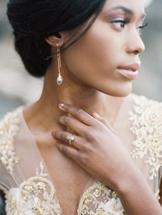 26 Trendy Statement Bridal Accessories You'll Love: chic golden earrings with rhinestones match the ring and match the dress with gold embroidery Bridal Poses, Bridal Shoot, Bridal Portraits, Bridal Session, Bridal Hair And Makeup, Bridal Beauty, Hair Makeup, Dress Makeup, Makeup Art