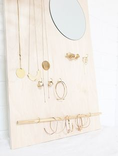 DIY Wood Jewelry Organizer