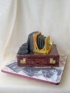 Retro Camera Cake