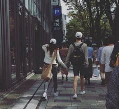 Ahn Jae Hyun and Goo Hye Sun Seen Holding Hands Throughout Japan | Koogle TV