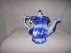 "ANTIQUE IRONSTONE ""CHAPOO"" FLOW BLUE TEA POT 19TH CENTURY/UNMARKED"