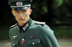richard sammel | Richard SAMMEL (Hans)Réalisation : Thierry BINISTI