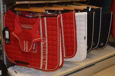 NUEVO !! Mantilla y Mosquero de la prestigiosa marca Equiline Ya Disponible en Tot Cavall Pedidos WhatsApp:☎️ 638191092 www.totcavall.com