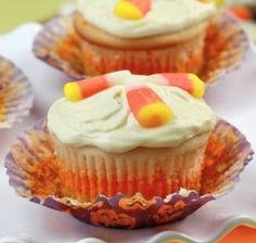 Callie Cooks Candy Corn Cupcakes #cupcakes #cupcakeideas #cupcakerecipes #food #yummy #sweet #delicious #cupcake