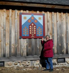 Photos / Locations in Town - Town of Colton, NY Barn Quilt Designs, Barn Quilt Patterns, Quilting Designs, Panel Quilts, Quilt Blocks, Diy Wall Art, Wood Wall Art, Town Town, Amish Barns