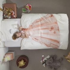 Snurk Dekbedovertrek Princess katoen 140x220cm - wonenmetlef.nl   ik kan er niet om heen met 3 prinsesjes thuis....
