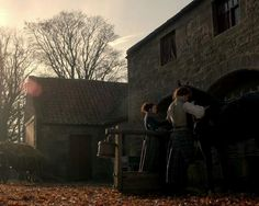 """Caitriona Balfe as Claire Beauchamp Randall and Sam Heughan as Jamie Fraser in Outlander on Starz   Episode 3 """"The Way Out"""" via http://outlander-italy.com/"""