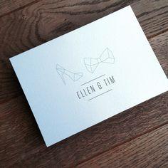 Trouwuitnodiging // icoon // schoen + strik // eenvouw // strak // munt groen Wedding Prep, Rustic Wedding, Our Wedding, Dream Wedding, Wedding Stationary, Wedding Invitation Cards, Wedding Cards, Monogram Wedding, Monogram Logo