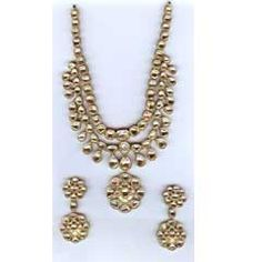 Uncut Diamond Necklace Set - when you want to purchase Diamond Jewellery and Kundan Jewellery. you have to create an right decision. you will discover that some shops will have a approval area or reduced area as well where you will discover some excellent items at much lower rates and at one shops you could have other provides that can be quite valuable.