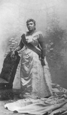 Queen Lili'uokalani the last ruler of Hawaii She gave up her crown so her people could live.