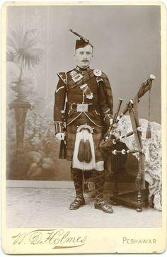 +~+~ Antique Photograph ~+~+  Gordon Highlander Piper