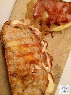 Croque savoyard Plus - Fitne Pini My Recipes, Cooking Recipes, Salty Foods, Bruchetta, Paninis, Yummy Food, Tasty, Wrap Sandwiches, Gourmet