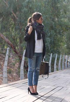 boyfriend jeans and blazer | Chicisimo