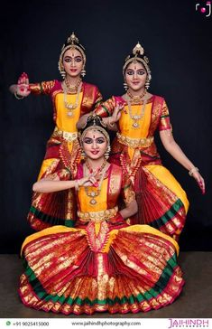 Photography And Videography, Dance Photography, Amazing Photography, Folk Dance, Dance Art, Good Night Friends, Dancing Drawings, Indian Classical Dance, Dance Paintings