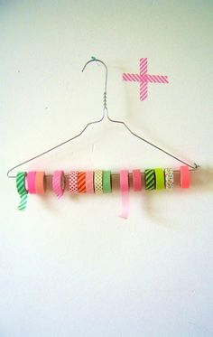Wire coat hanger washi tape organizer // simple, practical, easy...this is the Sunday quick project this weekend.