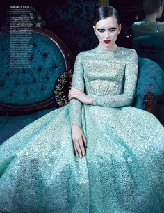 best1 Lily Donaldson, Jourdan Dunn, Cara Delevingne & Nyasha Matonhodze by Emma Summerton for W Magazine