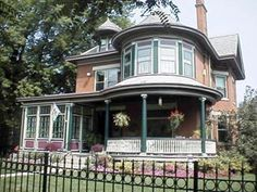 The Wallace House B is located in historic Covington, Kentucky. This Queen Anne Victorian mansion was built in 1905 for Robert B. Wallace, son of the man whose homestead encompassed the historic area known as Wallace Woods. Although originally built as a single-family residence, this home has been a boarding house & a multi family home before being lovingly restored to preserve the ambiance of a by-gone era while providing every modern convenience for our bed & breakfast guests.