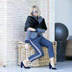 Estreno mis zapatos de terciopelo que son tendencia total #moda #blogger #streetstyle #terciopelo