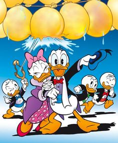 Happy New Year! Donald Duck and Daisy with Huey, Dewey and Louie 2015 Walt Disney, Donald Disney, Disney Duck, Disney Love, Disney Mickey, Disney Art, Disney Best Friends, Mickey Mouse And Friends, Pato Donald Y Daisy