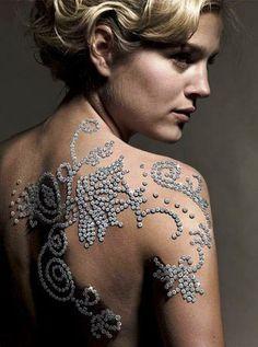 Most Expensive Diamond Tattoo - jeweler Yair Shimansky sets world record Skin Piercing, Tattoo Und Piercing, Piercings, African Diamonds, Diamond Tattoos, African Models, Most Expensive, Expensive Taste, Girls Best Friend