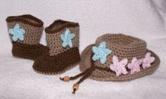 Baby Fedora and boots with changeable stars   £20.00