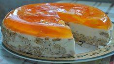 Osviežujúca pomarančová torta s kyslou smotanou a želé pripravená bez pečania ! Ochutnali sme ju cez víkend a dnes ju robím zas, lepšiu tortu ste nejedli! Panna Cotta, Cheesecake, Pudding, Ethnic Recipes, Food, Dessert Ideas, Bakken, Dulce De Leche, Cheesecakes
