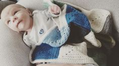 I love receiving pictures from baby's under my babyblankets. This is Romain. He had a rough start in life but at 6 weeks he is finally ready to take on the world! #baby #babyblanket #yarn #yarnlove #apilou @veritaseu #grannysquare #grannysquarelove #crochet #crochetblanket #romain #crochetersofinstagram by happyhooking