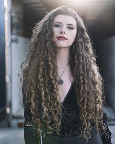 Long Curls, Metalhead, Dreadlocks, Hair Styles, Beauty, Hair Plait Styles, Hair Makeup, Hairdos, Haircut Styles