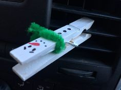 Snowman Car DIffuser. Easy DIY to make your car smell amazing. Just add a drop of your favorite essential oil.