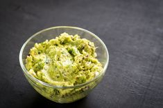 Guacamole : la meilleure recette Food Photo, Buffet, Party, Cabbage, Brunch, Yummy Food, Yummy Recipes, Salad, Diet