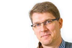 Radio- ja tv-työn koordinaattori Veijo Olli. Kuva: Philippe Gueissaz