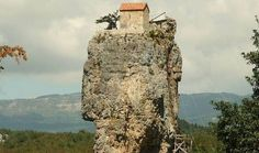 Katskhi Pillar, scara spre Rai sau locul unde Dumnezeu face miracole. GALERIE FOTO