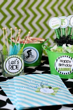 54 Ideas Dirt Bike Birthday Candy Bars For 2019 Bike Birthday Parties, Dirt Bike Birthday, Birthday Candy, 3rd Birthday, Motorcycle Birthday, Birthday Ideas, Dirt Bike Party, Bicycle Party, Candy Table Signs