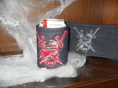 Wrap around koozie.  Folds up for your pocket. Washable.