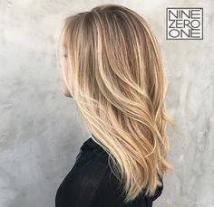 Bright Blonde by #901artist @hairbyshaylee! #sunkissedhair #beautifulblonde #hairgoals