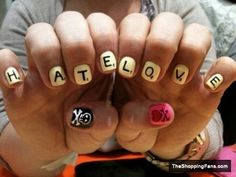 hate-love-nail-design.jpg (480×360)