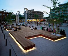 Exterior benches   Street furniture   Harris   Metalco   Sjit. Check it out on Architonic
