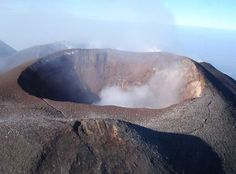 Risultato della ricerca immagini di Google per http://blogtaormina.it/wp-content/uploads/2010/08/Etna-Crater-Mw.jpg