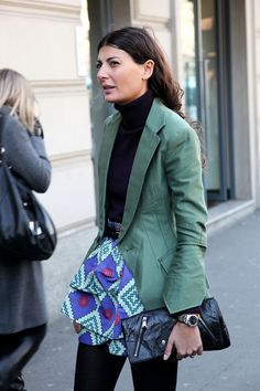 MY STYLE ICON...LOVE HER!!    Street style: Giovanna, printed mini skirt