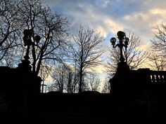 Beautiful Day 📱🚶🏻👬🌳🌥  #around #milancity #milan #park #PortaVenezia #sun #trees #photooftheafternoon #sky #myfollowers #followme #myfriends #relax #backtopark #hastags life #city #bastionidiportavenezia #photo #ilovephotography #iphone7plus #socialnetwork #pinterest #instagram #tumblr #twitter #followforlike #peaceofmind #relaxday #igersmilano