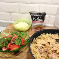 """: """"Buzzar Kelda pastasås. Klar middag på 10 minuter. Det uppskattar man.#keldapastasåsbuzz"""""""